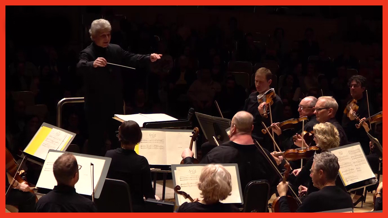 Peter Oundjian conducts the Toronto Symphony Orchestra at Roy Thomson Hall